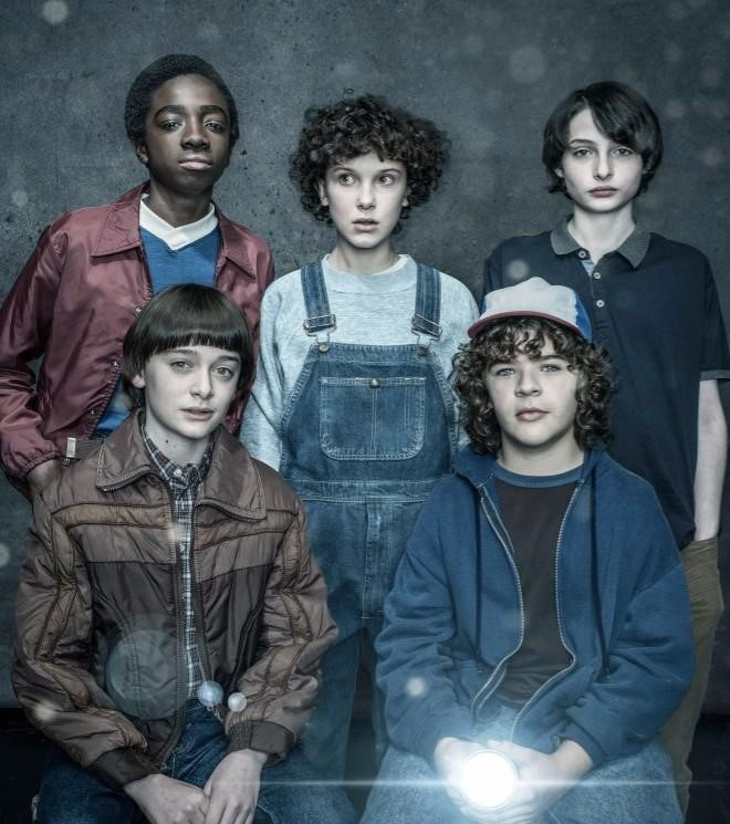 Stranger+Things+cast+gets+together+and+in+character+for+a+photoshoot+with+Jackson+Davis+promoting+Season+2.+Each+actor+wore+their+usual+costume+that+they+previously+had+worn+before+in+Season+1.+Photo+Credit+to+Jackson+Davis.